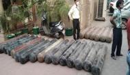 दुनिया ने जमकर की भारत की मदद, सरकार ने बताया ऑक्सीजन, वेंटीलेटर सहित मिला ये सामान