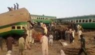 पाकिस्तान में भीषण ट्रेन हादसा, 30 लोगों की मौत, 50 से ज्यादा घायल, PM ने दिए जांच के आदेश