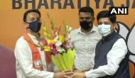 UP : यूपी में चुनावी समीकरण बनने हुए शुरू, बीजेपी में शामिल हुए ये दिग्गज कोंग्रेसी नेता