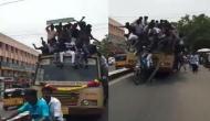 बस की छत पर सवार होकर सफर कर रहे थे लोग, वीडियो में देखें ड्राइवर ने लगाए ब्रेक तो हुआ क्या