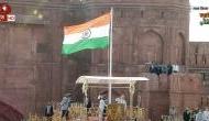 स्वतंत्रता दिवस 2021: पीएम मोदी ने लाल किले पर फहराया तिरंगा, 24 साल बाद हेलिकॉप्टर ने बरसाए फूल