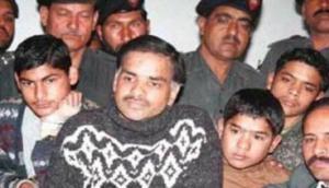 खौफनाक: पाकिस्तान के इस सीलियर किलर ने 100 बच्चों की ली थी जान, मिली थी रूह कंपाने वाली सजा