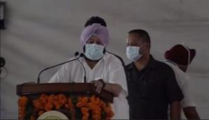 Punjab CM Amarinder Singh flays SAD for playing 'double game' on farm laws