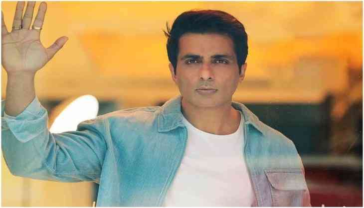 Amid IT raid at Sonu Sood's house, fans come out in support of actor