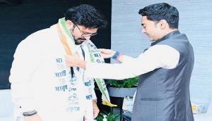 Former BJP leader Babul Supriyo joins TMC