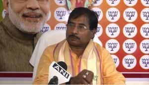 Babul Supriyo is dishonest, traitor, works only for his own profit, says Jagannath Sarkar