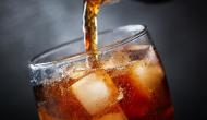 OMG: मात्र 10 मिनट में डेढ़ लीटर कोल्ड ड्रिंक पी गया युवक, पेट में बनी गैस और हो गई दर्दनाक मौत