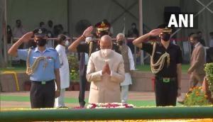 President Ram Nath Kovind pays tributes to Lal Bahadur Shastri on his 117th birth anniversary at Vijay Ghat