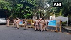 UP: Security deployed outside Akhilesh Yadav's residence ahead of his Lakhimpur Kheri visit