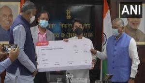 Aviation minister Jyotiraditya Scindia inaugurates Spicejet flight between Delhi, Tirupati