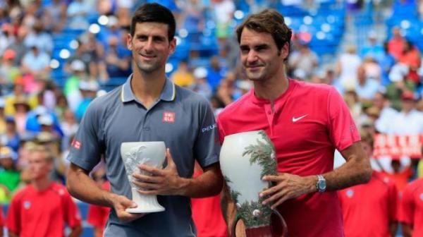 Roger Federer and Novak Djokovic. Photo: Twitter/SkySportsTennis