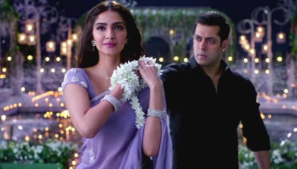 Salman-Khan-Sonam-Kapoor-PRDP/ screen grab