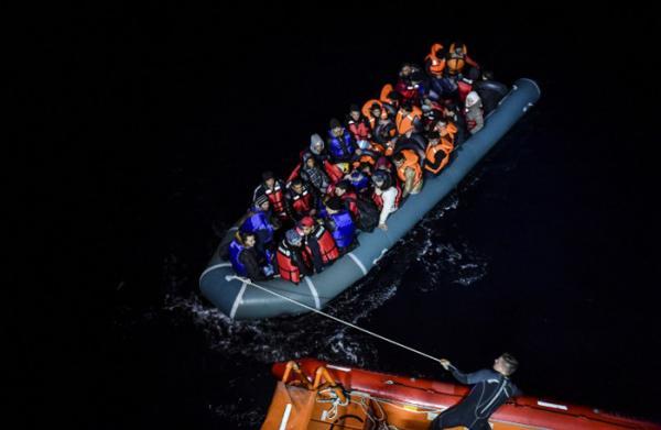 Migrants in boat_getty_images_jpg