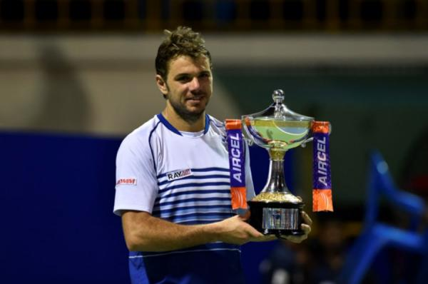 stanislas-wawrinka-with-chennai-open-trophy . Photo: Twitter