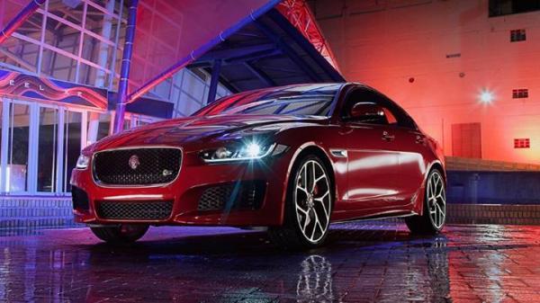 Jaguar XE.jpg