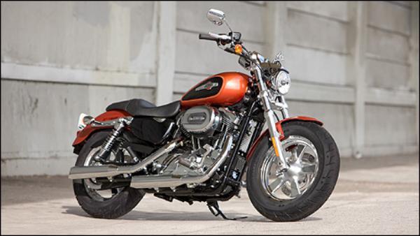 Harley-Davidson-1200-2011_i03.jpg