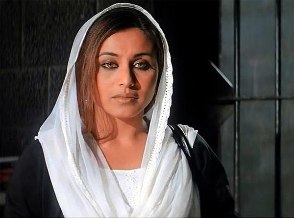 Rani-Mukerji-Veer-Zaara-film-still-600
