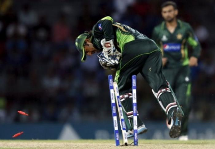 Pakistan replace Shahid Afridi with Sarfraz Ahmed as T20 captain