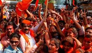 Shiv Sena backs MNS's 48-hour ultimatum telling Pakistani actors to leave India