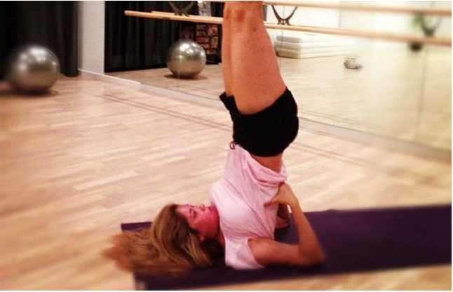 Gulnara karimova yoga twitter4.jpeg