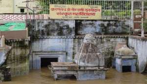 Weak infrastructure and inadequate government response is making Varanasi drown