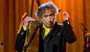Bob Dylan is 'impolite and arrogant': Nobel Academy member
