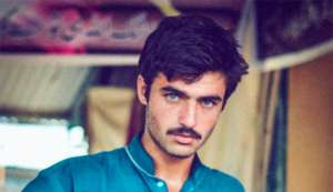 Here's what makes the craze about Pakistani chaiwala Arshad Khan so disturbing