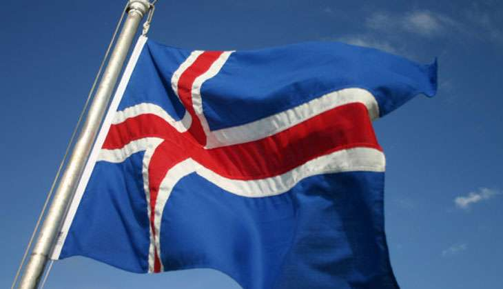 Icelands crowd-sourced constitution: hope for disi