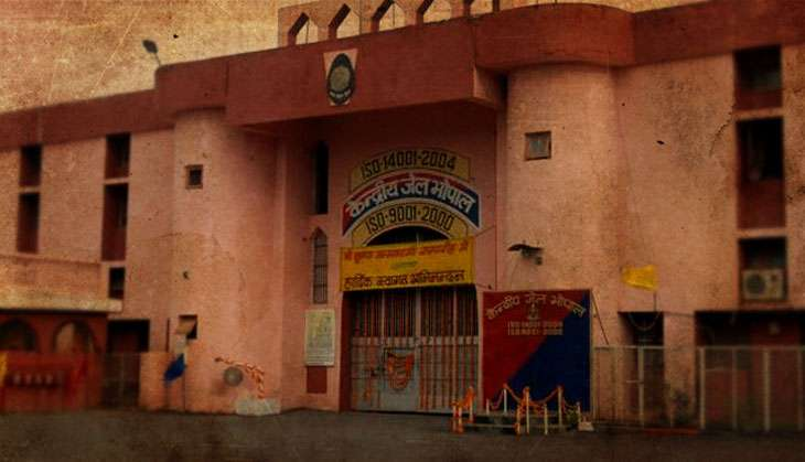 Why was it so easy for SIMI undertrials to break out of Bhopal Central Jail?