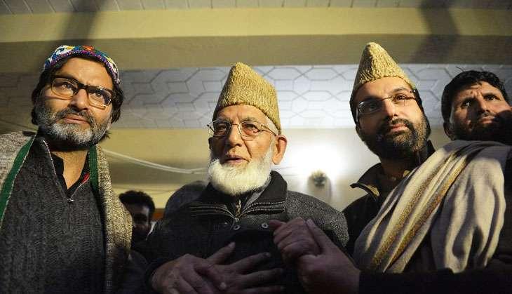 Hurriyat meets civil society to rethink strategy. But public mood still volatile