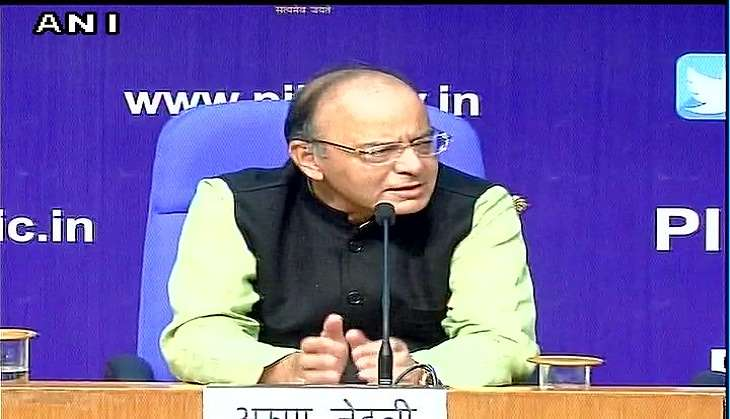 Arun Jaitley addresses media over demonetisation issue; insists there is no chaos