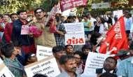 Delhi Police detain students protesting demonetisation
