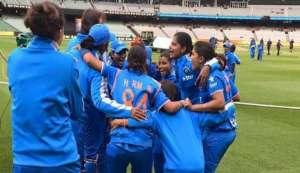 Women's Asia Cup T20: Harmanpreet Kaur's unbeaten 26 helps India pip Pakistan by 5 wickets