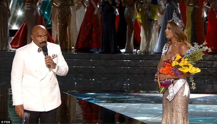 Steve Harvey returns as host of Miss Universe 2016. Twitter reacts like brats usually do