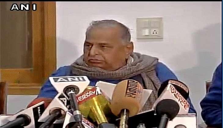 Akhilesh Yadav, Ram Gopal Yadav expelled from Samajwadi Party for 6 years