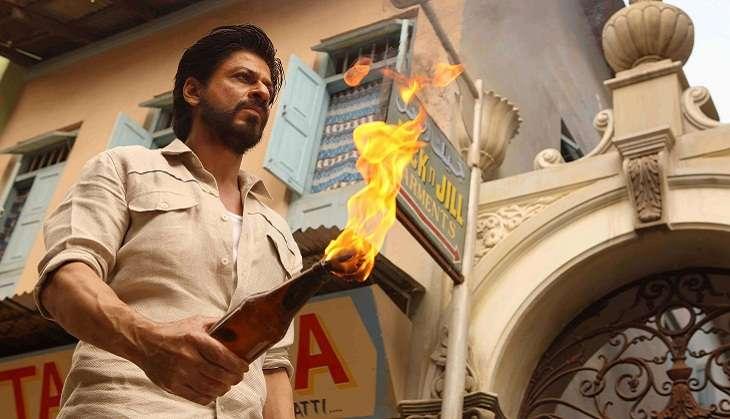 Shah Rukh Khan in Raees movie still