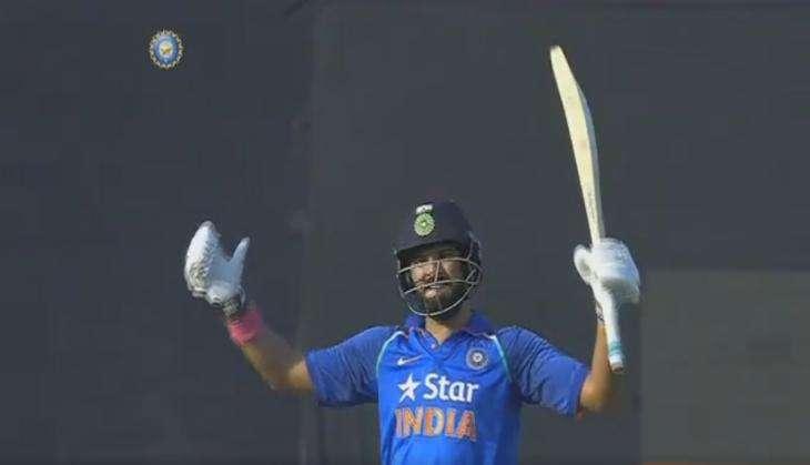 कटक वनडे: युवराज-धोनी के शतक की बदौलत भारत ने इंग्लैंड को दिया 382 रन का विशाल लक्ष्य