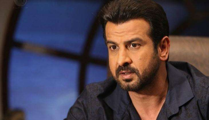 Consider myself honoured to be a part of 'Sarkar 3,' learnt a lot from Amitabh Bachchan: Ronit Roy